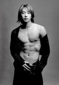 K-pop singer Chung Ji-Hoon (Rain), age 27